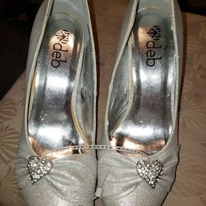 Size 10 deb heels